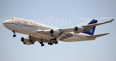 Saudi_Arabian_Airlines_Boeing_747-400_Tri_Setyo_Wijanarko_Picture-148