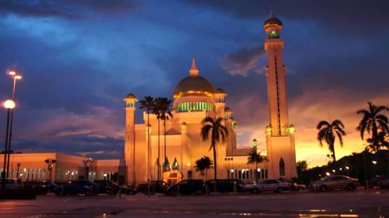 Omar Ali Saiddudin Mosque Brunei