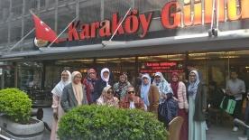 Bersantai di Karakoy