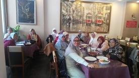 Makan siang di Kawasan Sultanahmed