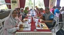 Makan siang di Pamukkalee